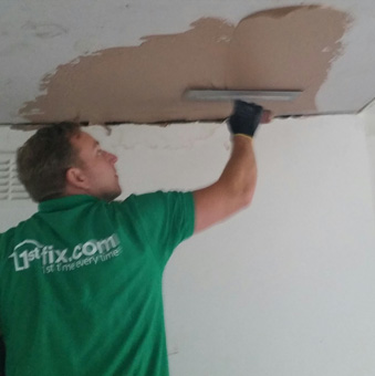 1stfix plasterers at work